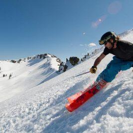 Zapada de primavara este sau nu potrivita pentru ski?