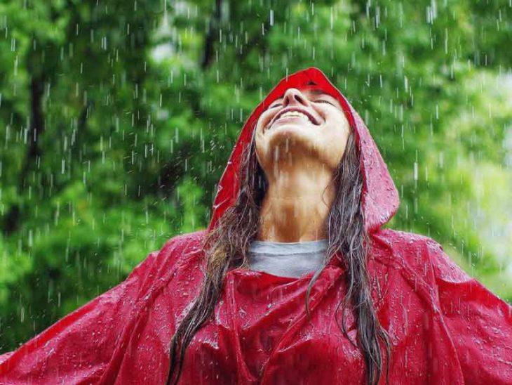 Avantajele drumetiilor pe ploaie: Ce motive ai sa hoinaresti pe vreme rea?
