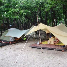Campare sub prelata cort – Cat e de avantajos echipamentul?
