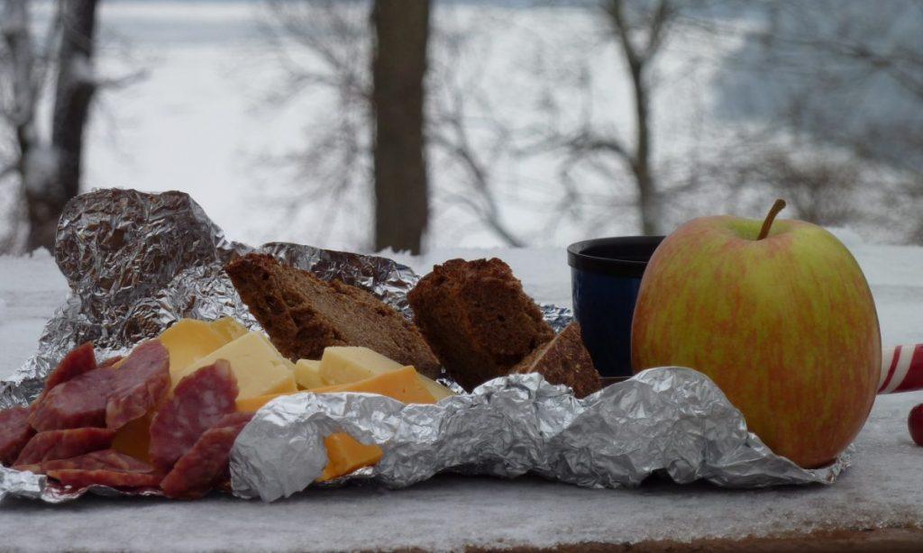 iarna in drumetii - hrana energizanta
