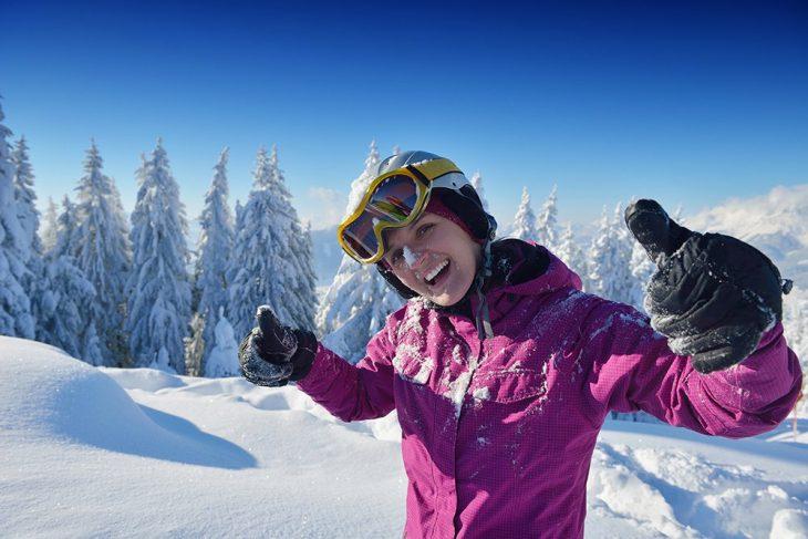 echipament de schi - cumperi sau inchiriezi